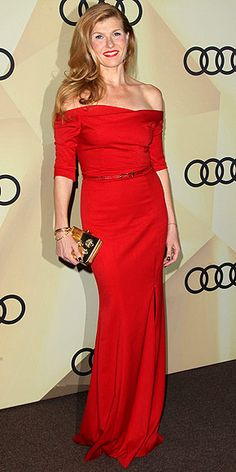 Connie Britton love her!