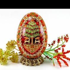 Beautiful Pysanka Easter Egg by Ukrainian Treasures. Nice photo!  Pysanky