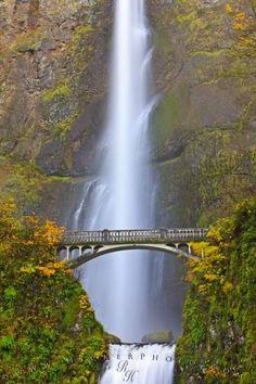 One of my favorite waterfalls: Multnomah Falls Waterfall Oregon