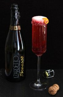 Cranberry and Grand Marnier Champagne Cocktail   Creative Culinary
