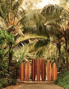 Love this Surfboard gate. Cute idea living near the beach