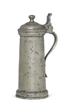 A James I pewter flagon, circa 1610 Pewter Art, Antique Pewter, Copper, Brass, 17th Century, Metal Working, Lantern, Renaissance, Tin