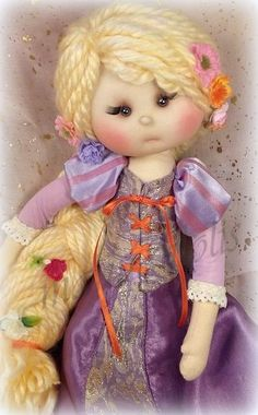 Doll Clothes Patterns, Doll Patterns, Lifelike Dolls, Button Art, Sewing Toys, Soft Dolls, Soft Sculpture, Fabric Dolls, Beautiful Dolls
