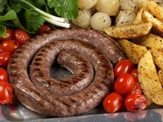 This is the best sausage I have ever had. It will make any South African Homesick instantly. I got it when I lived in South Africa for a couple of years. South African Dishes, South African Recipes, How To Make Sausage, Food To Make, Sausage Making, Kos, Homemade Sausage Recipes, Best Sausage, Biltong