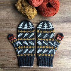 Ravelry: Vottene Barlind / The Taxus Mittens pattern by Pinneguri Knitting TechniquesKnitting For KidsCrochet Hair StylesCrochet Scarf Fair Isle Knitting, Loom Knitting, Free Knitting, Knitting Patterns, Crochet Patterns, Hat Patterns, Stitch Patterns, Knitting Machine, Vintage Knitting