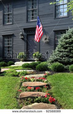 reproduction colonial homes | ... of an 18th century primitive colonial reproduction home - stock photo