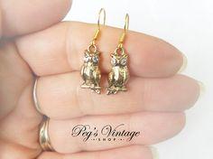 Vintage Owl Bird Gold Tone Pierced Earrings by PegsVintageShop
