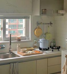 Cute Apartment, Dream Apartment, Apartment Kitchen, Kitchen Interior, Kitchen Decor, Kitchen Design, Korean Apartment Interior, Dream Home Design, House Design