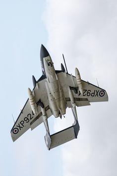 Eyes to the Skies de Havilland Sea Vixen Fighter Aircraft, Fighter Jets, Lightning Aircraft, War Jet, Old Planes, Royal Air Force, Royal Navy, Military Aircraft, Aviation