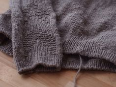 Ysolda knits this...love the yarn and texture.