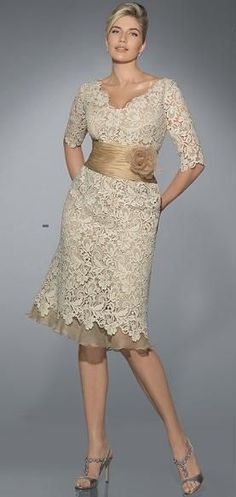 Mother of the bride/ groom dress very cute! Is it strand for the mother of the bride to match the decor? Lol