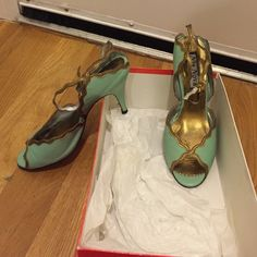 Nia Nova - London - green& gold heels Nia Nova - London - mint green& gold strappy open toe heels Nia Nova Shoes Heels