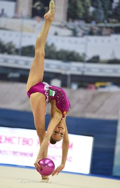 Dina Averina (Russia) won silver in ball finals at Grand Prix (Moscow) 2017