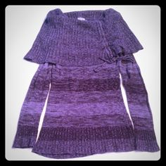 Long sleeve scrunch neck sweater So cute so warm! In great condition! Awesome color! Price is Firm* Red Paint Sweaters