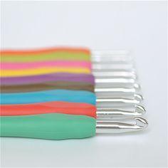 2015 nova 9 PCs Metal misturado Kit Template TPR agulha de crochê de alumínio agulhas de tricô para ferramenta tear banda DIY artesanato em Ferramentas de costura e acessórios de Home & Garden no AliExpress.com   Alibaba Group