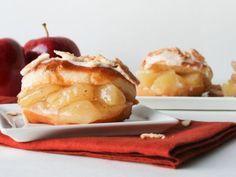 Here are five ways to make your homemade or store-bought doughnuts — fried, frosted and then covered with outrageous toppings — perfect for the fall season. By Andrea Ament More from Food Network: New Spins on Red Velvet Fall Desserts for Dinner Parties 5 Things to Make with Cake Mix 10 Things to Make with Store-Bought Pound Cake