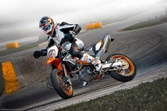 Ktm Smc R My Slike Motora Novembar Wide Moto Wallpapers Ktm 690 Smc, Motard Bikes, Ktm Motorcycles, Motorcycle Art, Dirtbikes, Classic Bikes, Super Bikes, Cool Bikes, Fast Cars