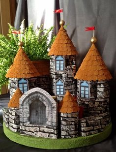 Fairy House Crafts, Clay Fairy House, Toilet Paper Roll Crafts, Cardboard Crafts, Fall Crafts, Diy And Crafts, Castle Crafts, Hand Crafts For Kids, Reuse Plastic Bottles
