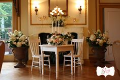 goregous sweetheart table,florals by Stems by Serendipity