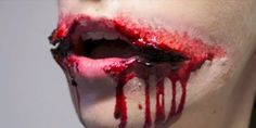 """Cover up those smile lines with """"Chelsea Smile"""" makeup. 