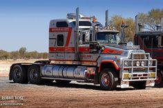 Eddy Holland's Eddy Liner Mack Trucks, New Trucks, Cool Trucks, Heavy Duty Trucks, Heavy Truck, Old Bangers, Truck Festival, Road Train, Trailers
