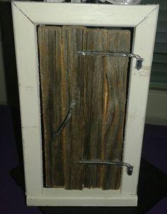 Tonttuovi, christmas elf's door