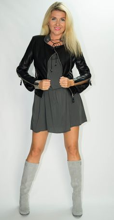 Photo Sessions, Woman, Boots, Dresses, Fashion, Tunic, Crotch Boots, Vestidos, Moda