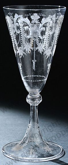 Beautiful and unusual drinking glasses on pinterest Unusual drinking glasses uk