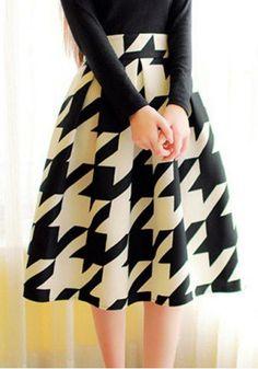 Houndstooth Plaid Print Mid-rise Skirt