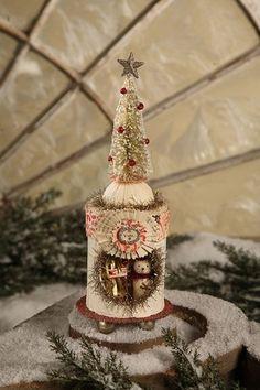 Bethany Lowe Christmas - Snowtree Peep Box - LD0356