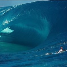 """cbssurfer: """" Bede Durbidge… close up view into the belly of the monster at Teahupoo """""""