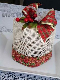 Eliana Pinta e Borda: christmas Christmas 2017, Christmas And New Year, Christmas Time, Christmas Crafts, Merry Christmas, Xmas, 242, Handmade Christmas Decorations, Diy Gifts