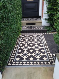 Recreate the Downton Abbey Look with Victorian Tiles black and white tessellated front patio tiles i Victorian Front Garden, Victorian Front Doors, Victorian Tiles, Victorian Terrace, Victorian Patio Ideas, Victorian Houses, Porch Tile, Patio Tiles, Outdoor Tiles Patio