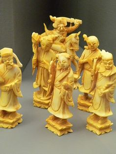 Stained Ivory Chess Set China (1)