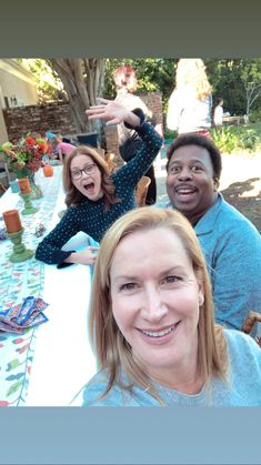 The Office cast backyard reunion : DunderMifflin The post The Office cast backyard reunion : Dunde& appeared first on Office Memes. Best Of The Office, The Office Show, Funny Memes About Work, Work Memes, Work Funnies, Best Tv Shows, Movies And Tv Shows, Office Cast, The Office Characters