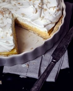 WEEKDAYCARNIVAL : Coconut Cream Pie
