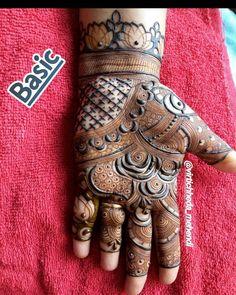 Image may contain: 1 person Arabic Bridal Mehndi Designs, Peacock Mehndi Designs, Mehndi Designs For Girls, Mehndi Designs 2018, Stylish Mehndi Designs, Mehndi Designs For Fingers, Mehndi Design Pictures, Mehndi Patterns, Henna Tattoo Designs