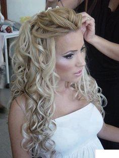 Glamorous Half Up Half Down Wedding Hairstyle