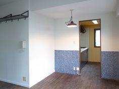 <p>独立型のキッチンも、彩り方次第で楽しげな場に変えられます。</p>