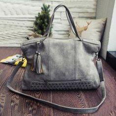 c29a39d651b20 14 Affordable Handbags that are Super Cheap