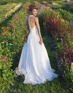 2014 Wedding Gowns, Bridal Dresses & Evening Wear - Sincerity | Image Gallery