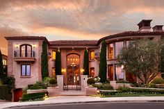 looks like a typical Beverly Hills mansion to me. very pretty and inspirational!