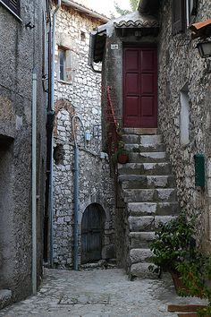 The small village of Fumone is one of the best preserved towns in Italy and one of our favourites.