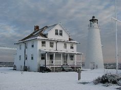 Rent the Cove Point Lighthouse Keeper's Cottage for Wedding Party to stay