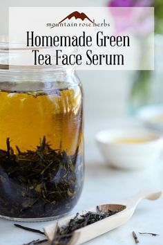 Homemade Hydrating Green Tea Face Serum: Perfect for pampering, green tea skin formulations can provide us with healthy hydration support. Using select essential oils, your favorite green tea, and… Homemade Skin Care, Homemade Beauty, Homemade Products, Skin Care Regimen, Skin Care Tips, Aloe Vera Creme, Diy Cosmetic, Haut Routine, Face Masks
