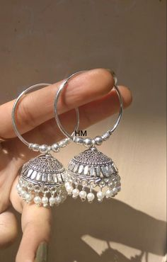 Indian Bridal Jewelry Sets, Indian Jewelry Earrings, Silver Jewellery Indian, Jewelry Design Earrings, Gold Earrings Designs, Antique Jewellery Designs, Antique Jewelry, Stylish Jewelry, Ear Rings