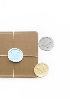 DIY Faux Wax Seals - Maritza Lisa: Create these faux wax seals out of paper - great substitutes for the real thing. Perfect for all your gifts and packages! Create with Silhouette cutting machine. Click through for the tutorial...