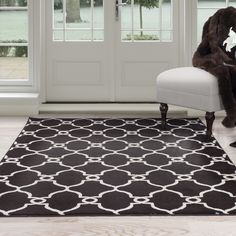Windsor Home White and Brown Lattice Area Rug (5' x 7'7) | Overstock.com Shopping - The Best Deals on 5x8 - 6x9 Rugs