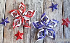 Celebrate this Memorial Day with these great patriotic craft ideas! Children will enjoy putting their creativity to work getting ready for Memorial day! Add a little sparkle to any Memorial Day. Fourth Of July Decor, 4th Of July Decorations, 4th Of July Party, Diy Party Decorations, Paper Decorations, 4th Of July Wreath, July 4th, Flower Decorations, Summer Crafts