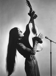 Buffy Sainte-Marie, Canadian Cree, about 1967,  woman musician